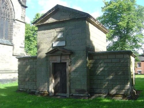 Mausoleum of Earl St Vincent, Stone