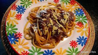 Macarrão com Ragu de Carne (Molho Bolonhesa)