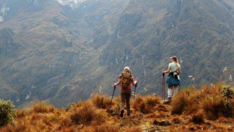 wilderness-walking-mountain-hiking-trail-adventure-556936-pxhere.com