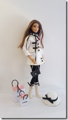 Barbie Tailleur Chanel 11