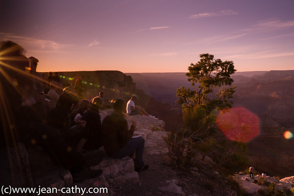 Crowd at sunset in Grand Canyon