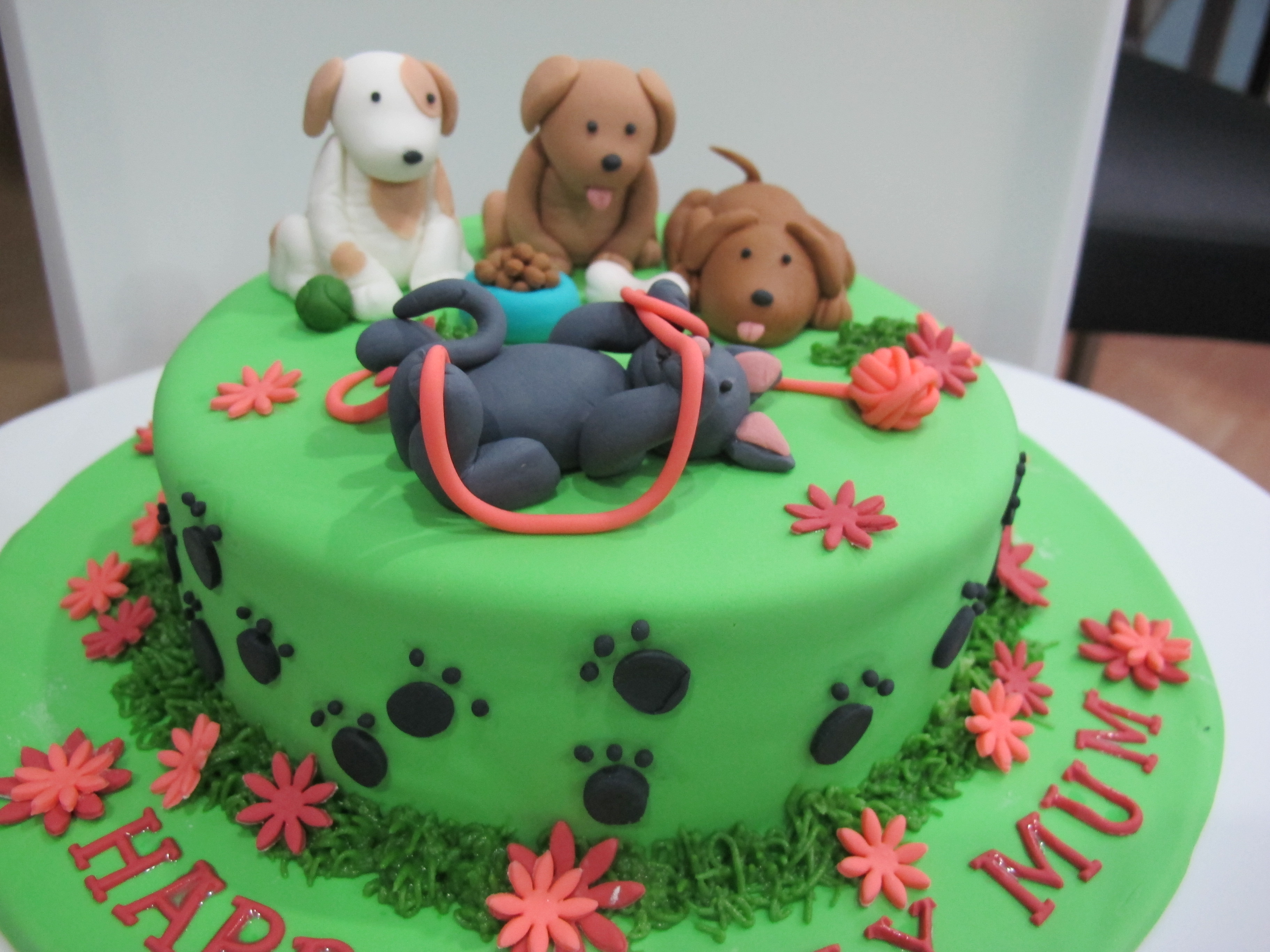 Dog And Cat Cake