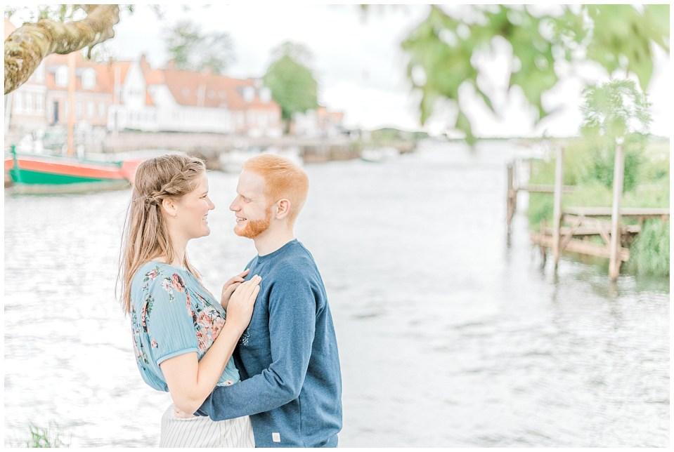 forlovelsesbilleder udendørs