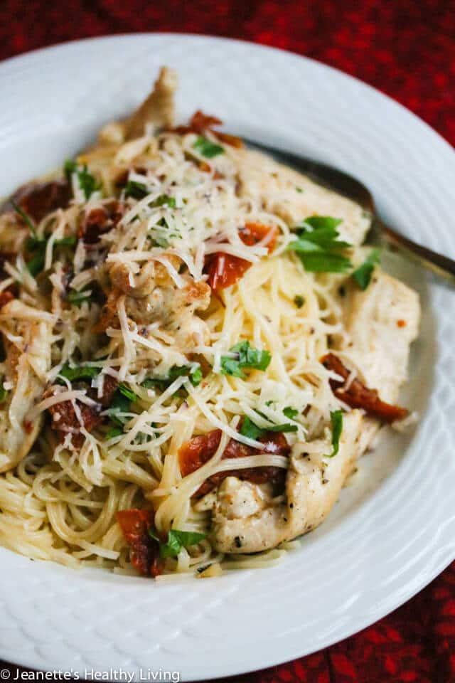 Easy Sun Dried Tomato Chicken Pasta Recipe - Jeanette's ...