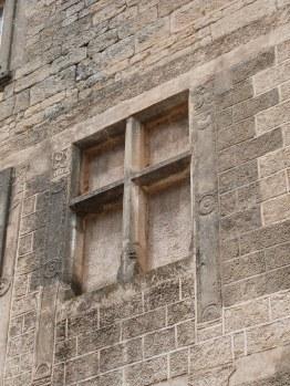 Fenêtre renaissance condamnée