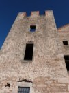 Tour carrée crénelée