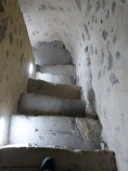 Vers la crypte