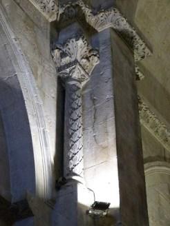 Colonne sculptée