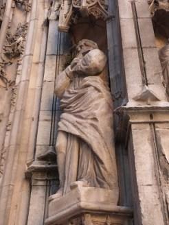 Statuaire de la façade