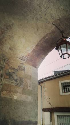 Porche sous la Porte Saint Gilles