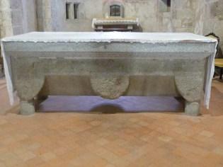 Maître autel, sarcophage
