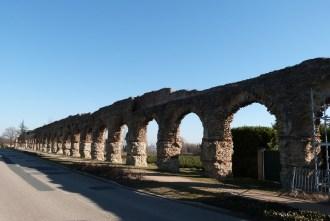 Le Plat de l'Air vue en perspective des arches