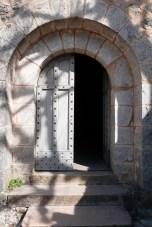 L'église - portail d'entrée