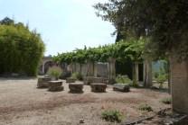 Cour du chevet et terrasse (10)
