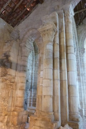 Bas-côtés - colonnes