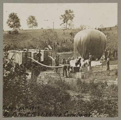 """Ballon d'observation fédéral """"l'Intrepid"""""""