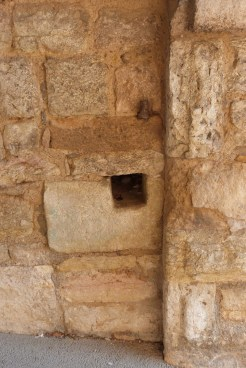 Porte rempart - trou de boulin
