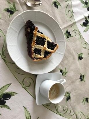 Tart and coffee