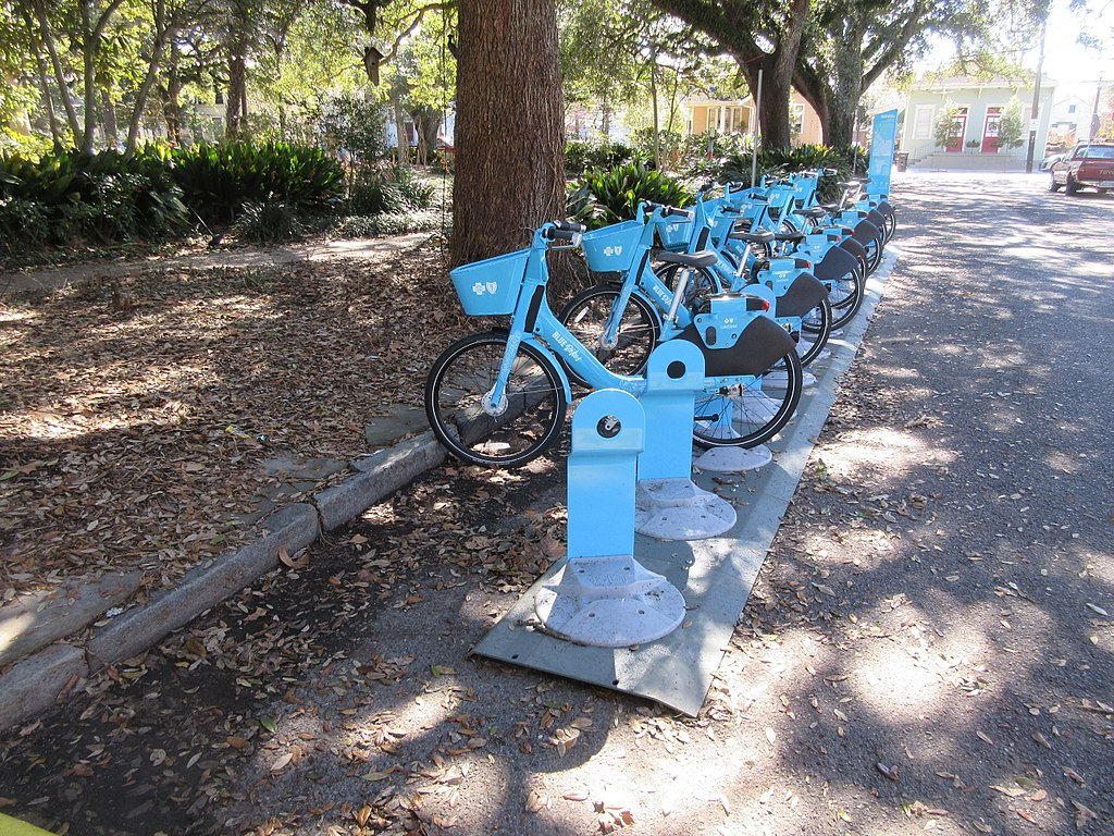 New_Orleans_January_2018_Fortier_Park_Blue_Bikes_Rack_2