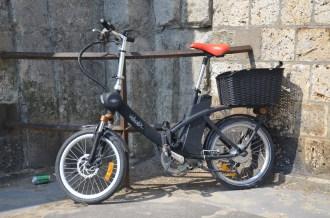 Un vélosolex.