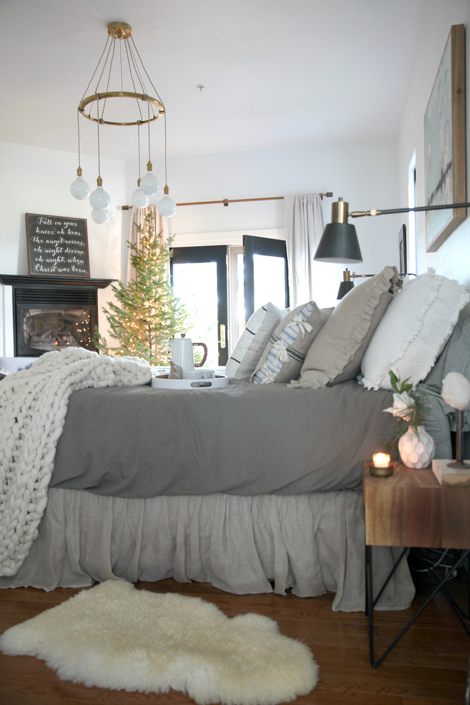 A Cozy Christmas Bedroom Creating A Hygge Space Jeanne