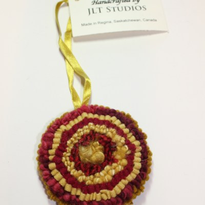 Christmas Circle Ornament #18
