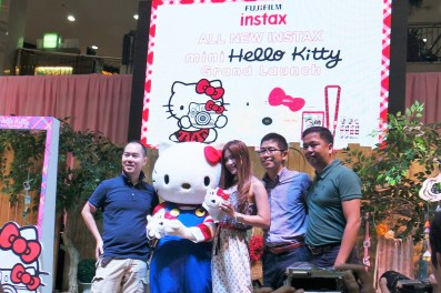 Instax and Crafts Hello Kitty