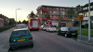 Brandweer arriveerd na automatische rookmelder Ir Leemanstraat.