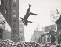 New York, vers 1955, Garry Winogrand© The Estate of Garry Winogrand, courtesy Fraenkel Gallery, San Francisco