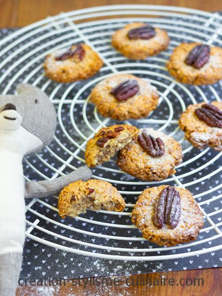 Biscuits aux noix de Pécan blancs d'oeuf