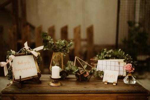 Jedan_frajer_i_bidermajer_serbian_belgrade_outdoor_wedding_wedding_planning_decor_flowers (2)