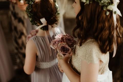 Jedan_frajer_i_bidermajer_serbian_belgrade_wedding_wedding_planning_decor_flowers_girls (2)
