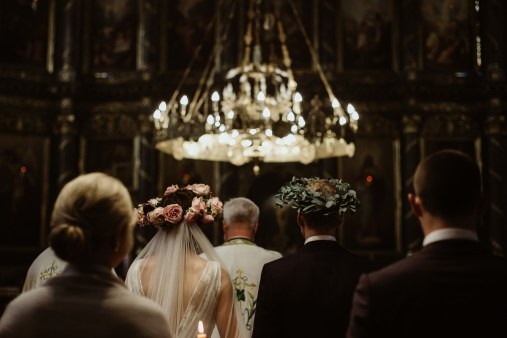 Jedan_frajer_i_bidermajer_serbian_belgrade_wedding_wedding_planning_modern_bride_groom_the_church (5)
