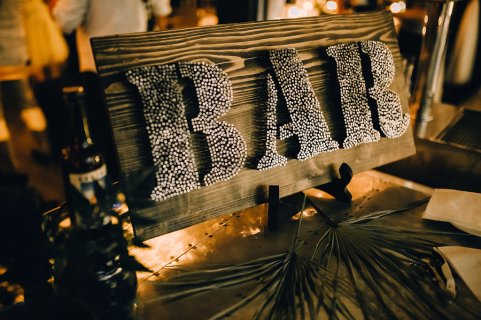 Jedan_frajer_i_bidermajer_serbian_belgrade_wedding_wedding_planning_decoration_details_bar