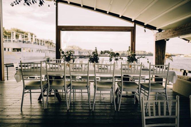 Jedan_frajer_i_bidermajer_serbian_belgrade_wedding_wedding_planning_decoration_white_table_setting