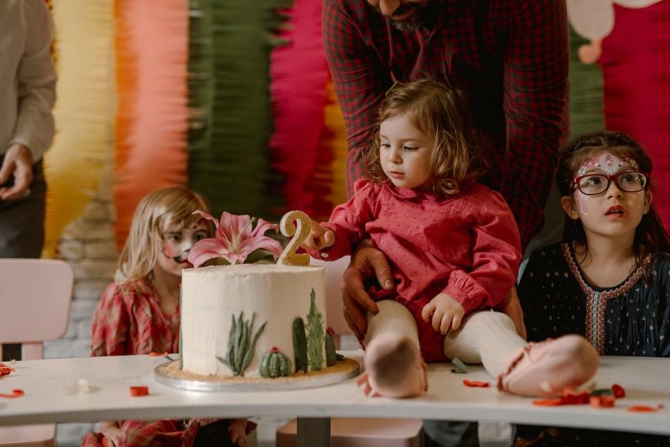 Jedan_frajer_i_bidermajer_organizacija_i_dekoracija_dečjih_rodjendana_torta_6