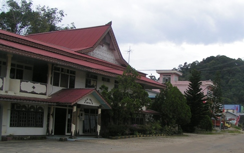 The main and oldest (I think) hotel in Entikong.