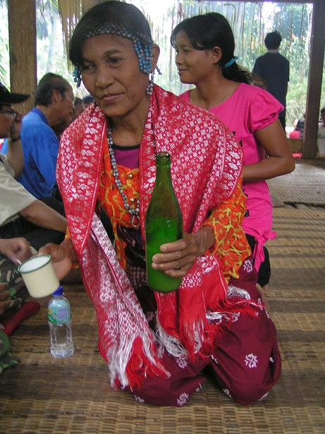 Tuak, a lot of tuak, was passed around through out the event.