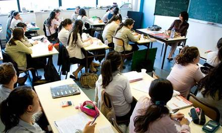 Warning of crisis in French Jewish schools
