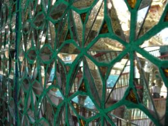 Artystycznie z lusterkami gdzieś w okolicach Botataung