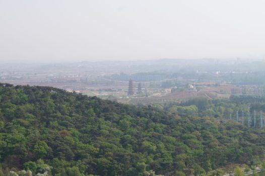 Pjongjang - widok z Cmentarza Męczenników Rewolucji