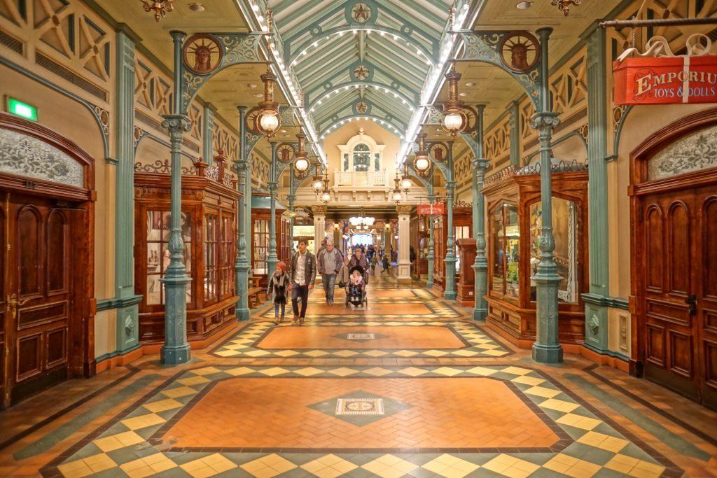 Eurodisneyland - pasaż handlowy