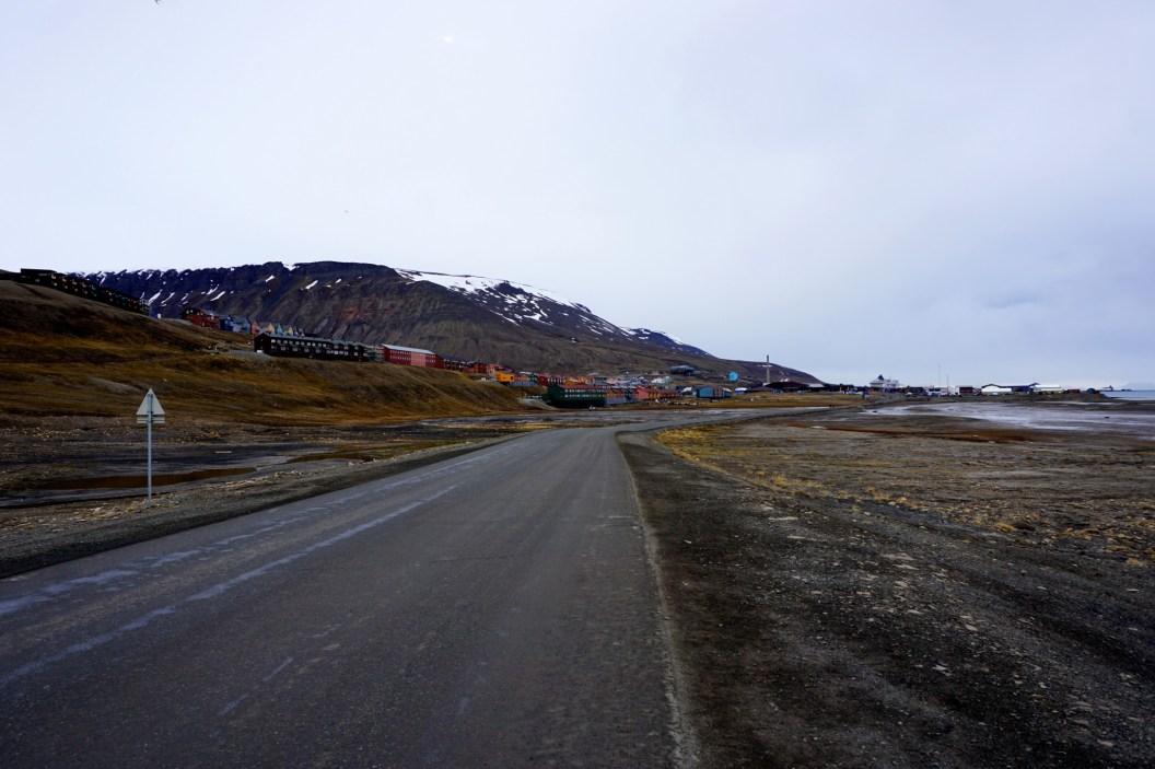 Longyearbyen od wschodu