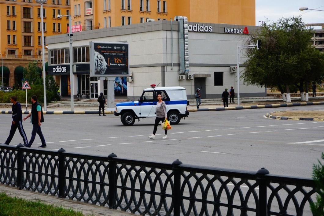 Aktau - blokada policyjna