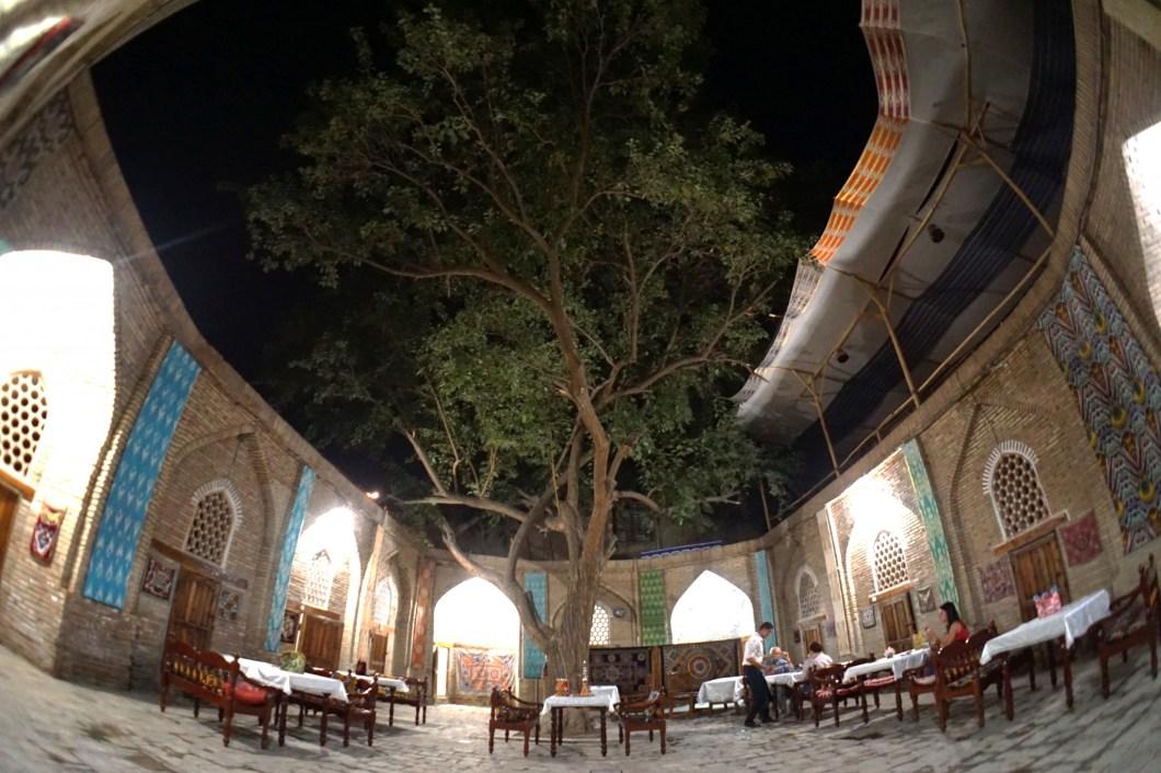 Buchara - restauracja Mavrigi