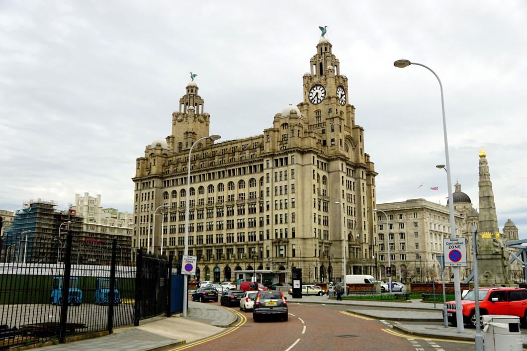 Liverpool - Trzy Gracje