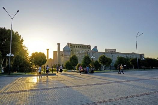 Samarkanda - okolice Registanu
