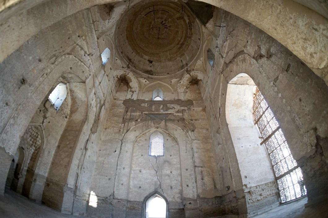 Samarkanda - wnętrze meczetu Bibi Chanum