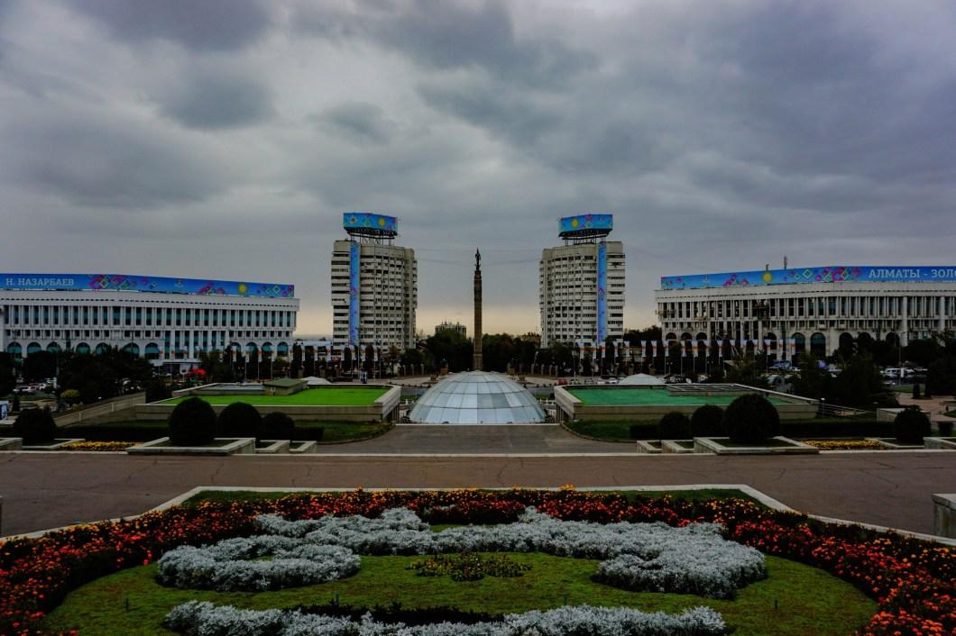 Almaty - Plac Republiki