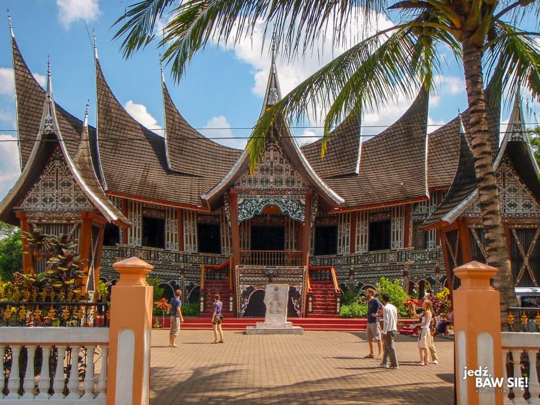 Indonezja - dom plemienia Minang